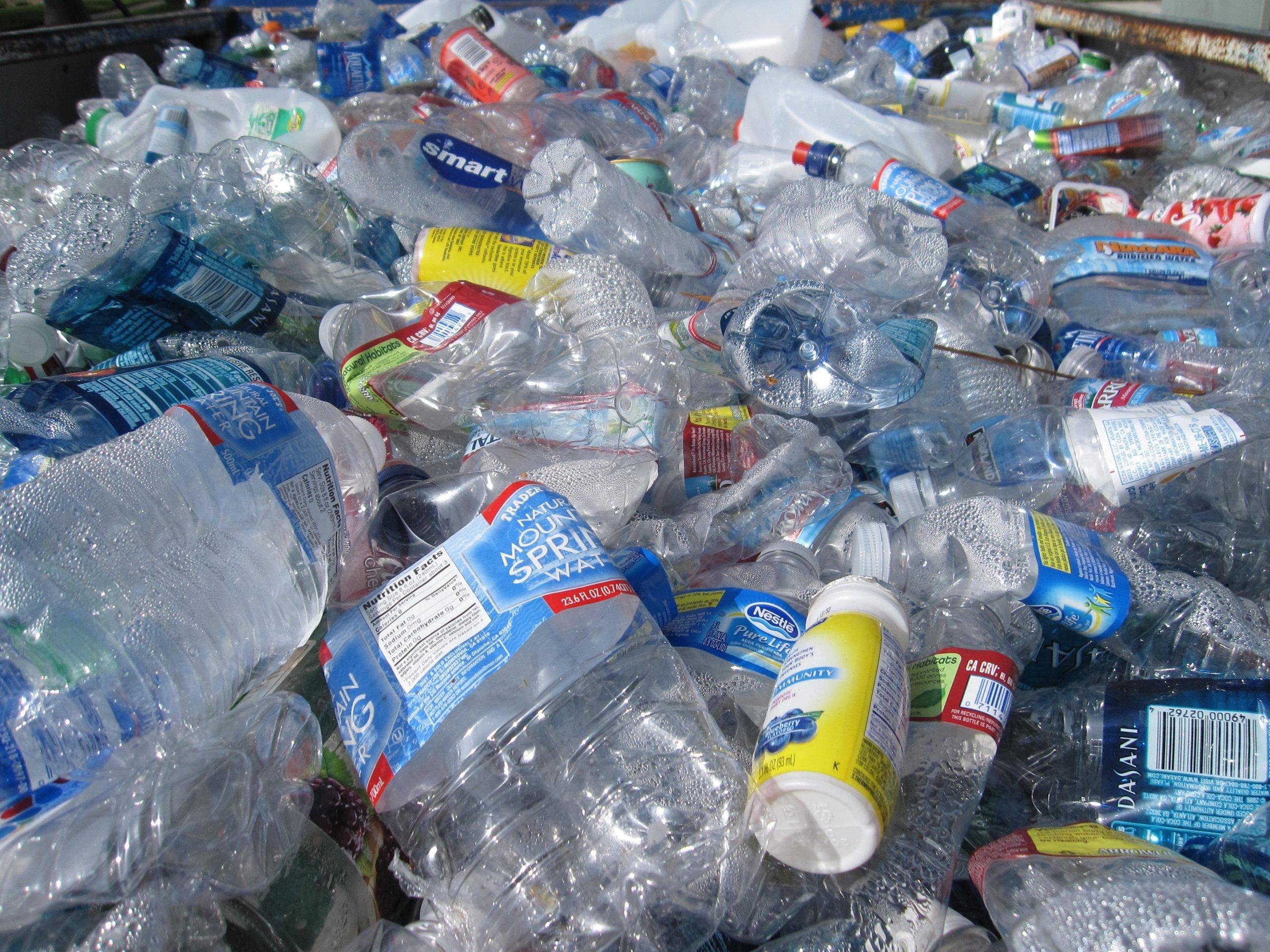 Plastic water bottle pollution