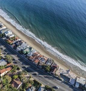 homes on the coast of california