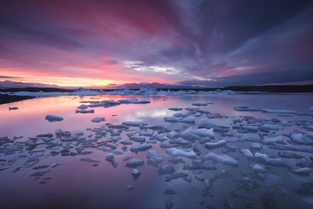 Sunset hitting icebergs