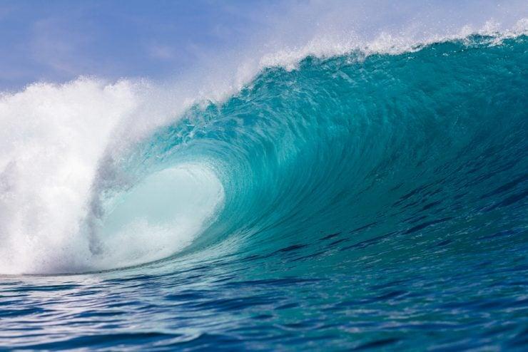 image of large wave crashing
